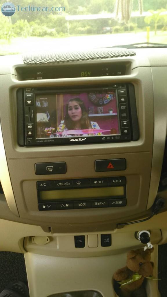 ทีวีดิจิตอลติดรถยนต์ แบบสองเสา