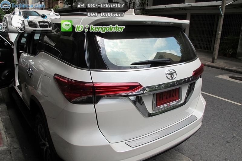 ปลั๊ก AV-IN AV-OUT All New Toyota fortuner 2015