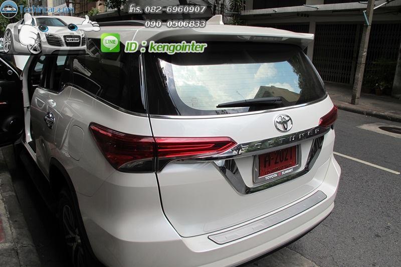 ปลั๊ก AV-IN AV-OUT All New Toyota fortuner 2015